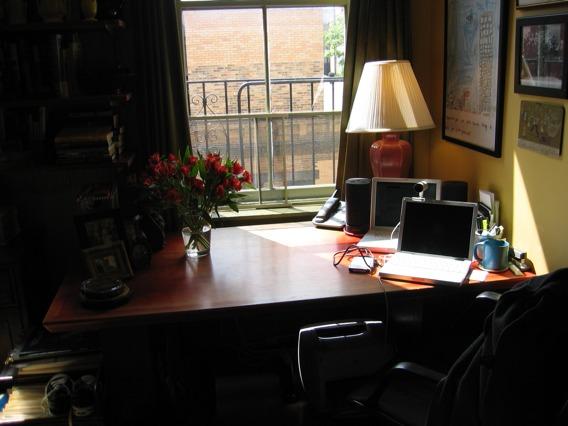 desksmall.jpg