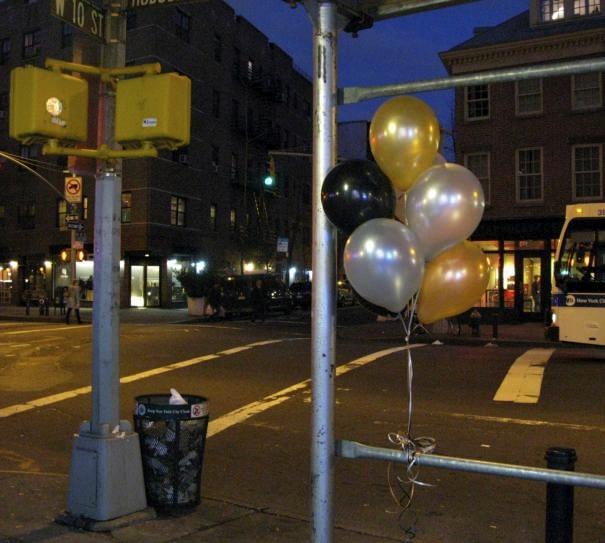 Balloons on Hudson Street