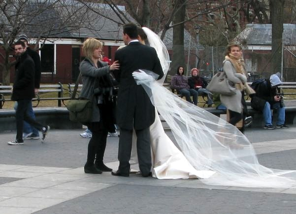 Wedding Pictures at Washington Square Park