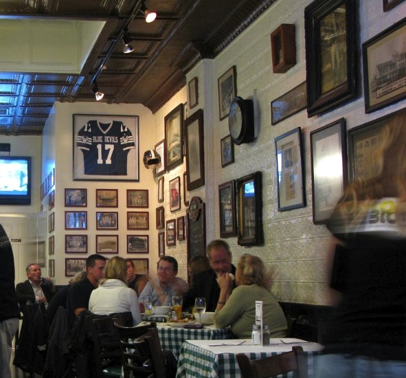 Finnegan's Bar, Wall Street, Huntington, NY