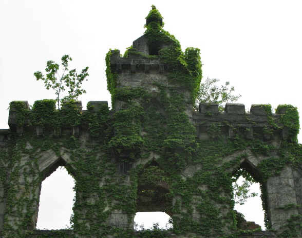 Roosevelt Island Ruins
