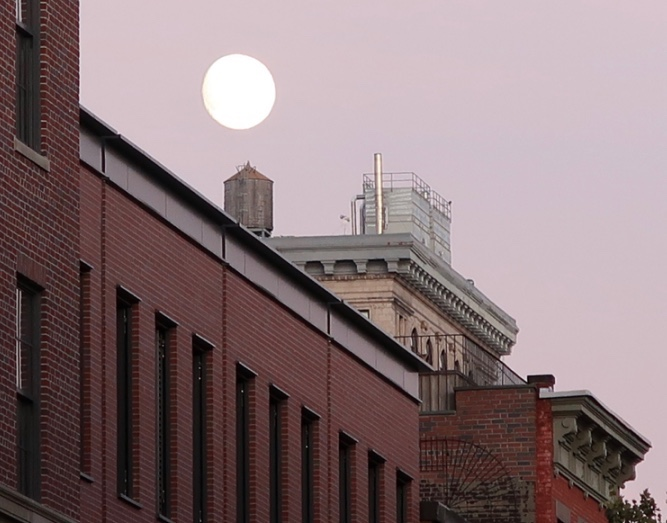 THE MOON IN NEW YORK CITY
